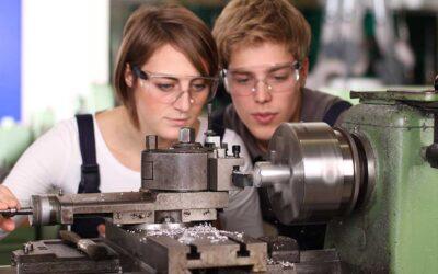 Jugendliche fordern am WEF mehr Arbeitsplätze und bessere Ausbildung