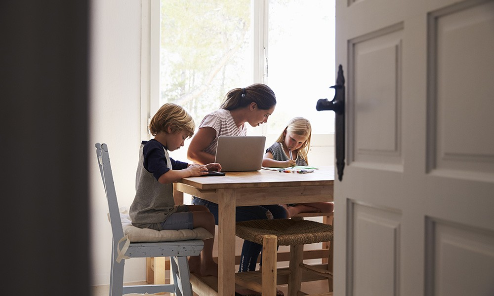 Unbezahlte Arbeit: Die meisten Hausarbeiten bleiben Frauensache