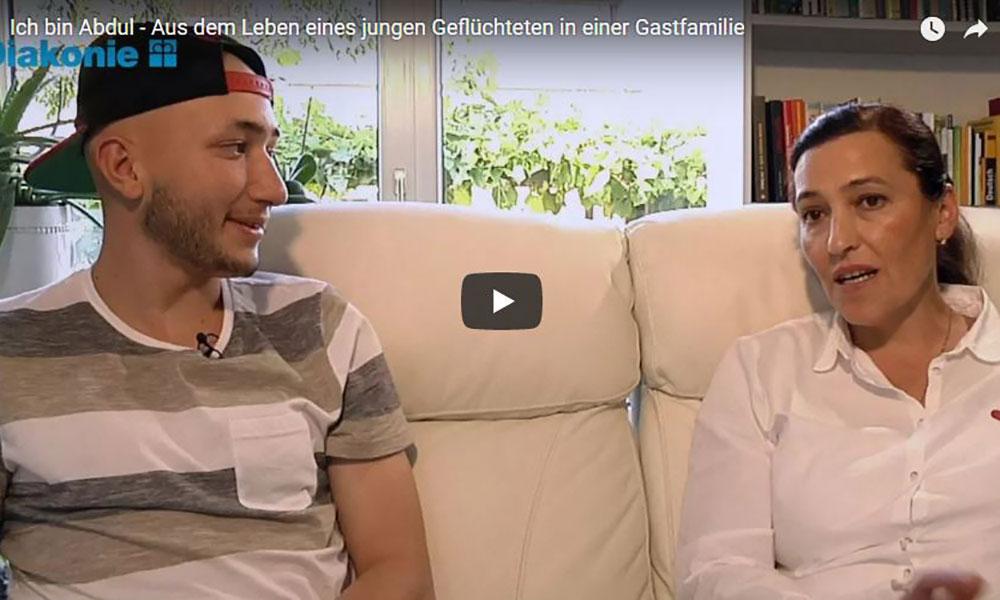 D: Gastfamilien helfen jungen Flüchtlingen in die neue Gesellschaft