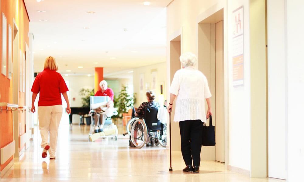 Corona: Diakonie Österreich für mehr Besuche in Pflegeheimen
