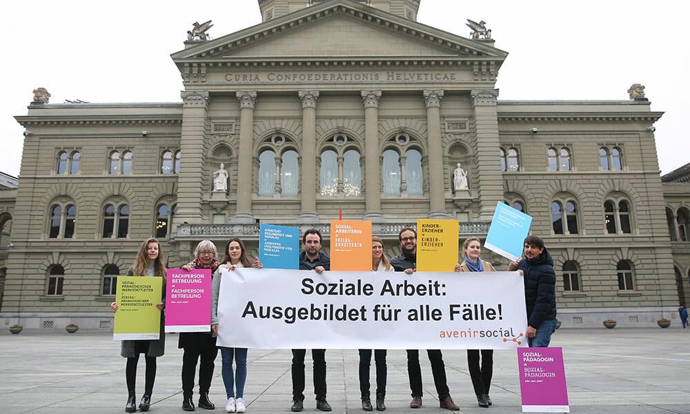 CH: 92 Organisationen fordern allgemeines Diplom in Sozialer Arbeit