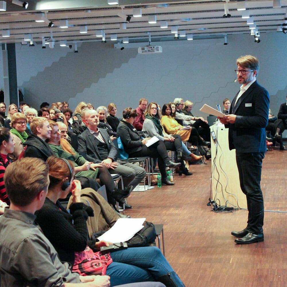 Digitalisierung und Freiwilligenarbeit | Diakonie Schweiz