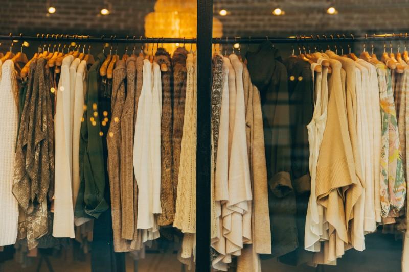 Projekt: Kleiderraum Rontal