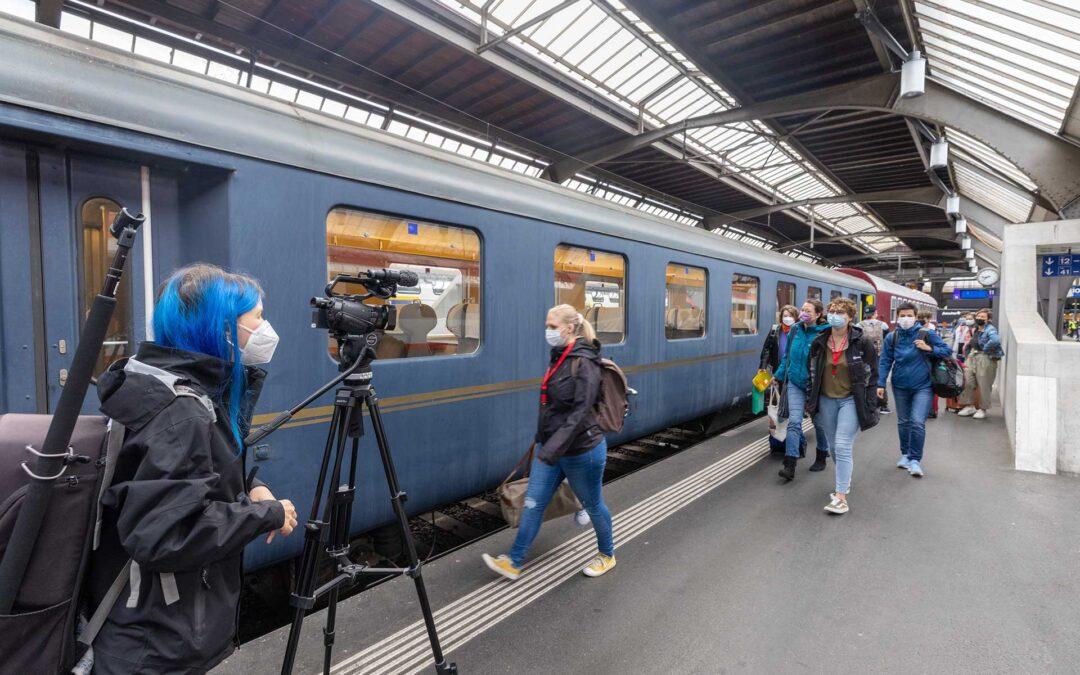 Ein Sonderzug rollt vier Tage im Zeichen kirchlicher Jugendarbeit durch die Schweiz