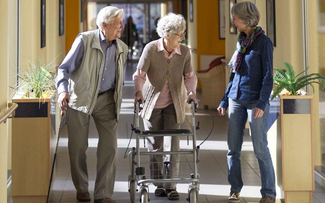 Neue Studie zu Kosten und Finanzierung guter Betreuung im Alter